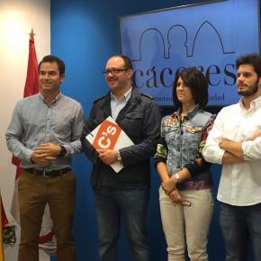 Ciudadanos propone una salida independiente para El Vivero, ante los problemas de tráfico en la rotonda de la calle Monfragüe